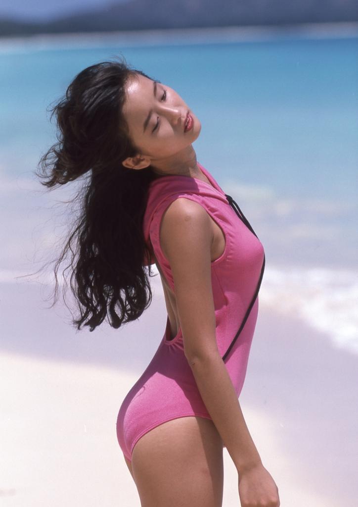 Minako Honda calendar 2020